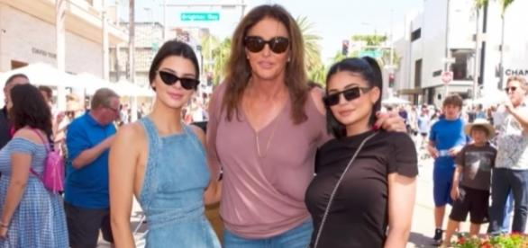 Caitlyn, Kendall and Kylie Jenner hang out for Father's Day (via YouTube - E! News)