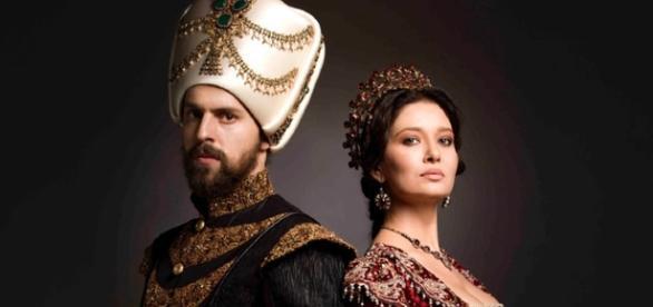 Sułtan Murad IV i jego matka, Sułtanka Valide Kosem (scrn fox.com.fr)