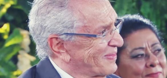 Carlos Alberto de Nóbrega pede moça em casamento - Google