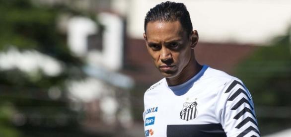 Ricardo Oliveira ainda não sabe quando voltará a jogar