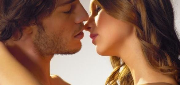 7 dicas para deixar o beijo inesquecível. ( Foto: Google)