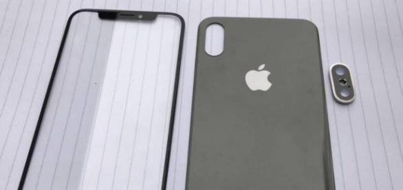 First Alleged iPhone 8 Part Leaks Surface - Image source Pixabay.com