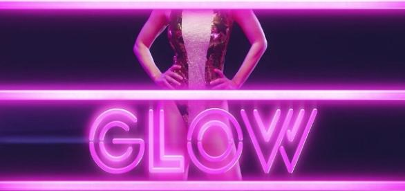 GLOW Is Scrappy, Empowering And Finally Gets Pro Wrestling Right