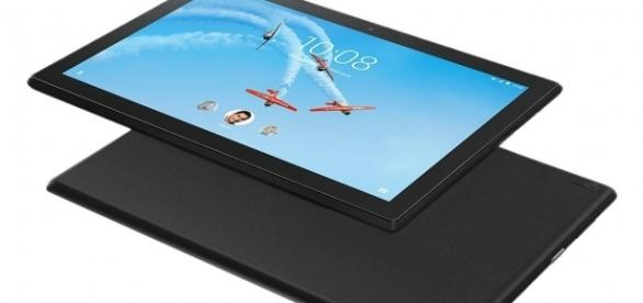 Lenovo Tab 4 is up for preorder now/Photo via Newegg