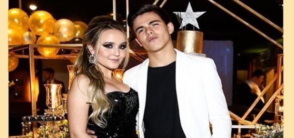 Larissa Manoela e Thomaz Costa ainda não confessaram que estão namorando