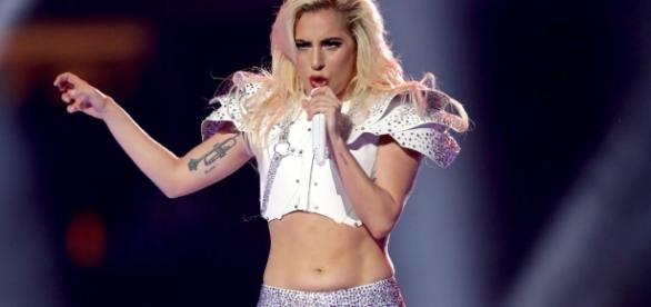 Lady Gaga responds to Super Bowl body shaming - CNN.com - cnn.com