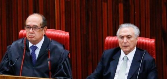 Presidente Michel Temer e o ministro do STF Gilmar Mendes se encontraram nesta terça-feira (27)