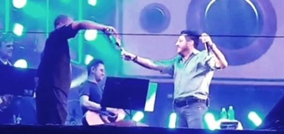 Bruno fez show bêbado na cidade de Patos de Minas