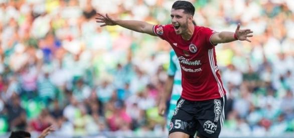 El mediocampista Guido Rodríguez, podría ir al Eibar y no al América. Foto: Soccernation.com