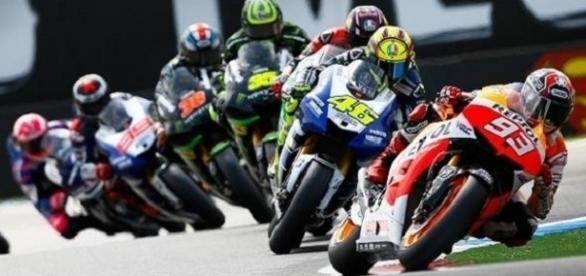 Motogp, orari diretta tv GP Catalogna: gara in chiaro su TV8.