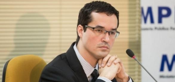Deltan Dallagnol acredita em uma reação do povo contra os políticos corruptos