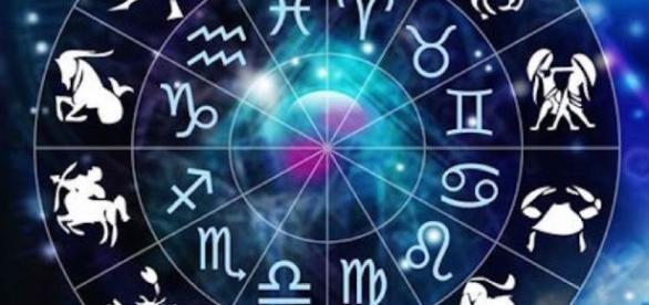 Astrologia - Seu horóscopo do dia