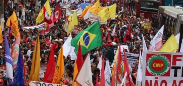 Ato contra Temer em São Paulo tem participação de diversos artistas