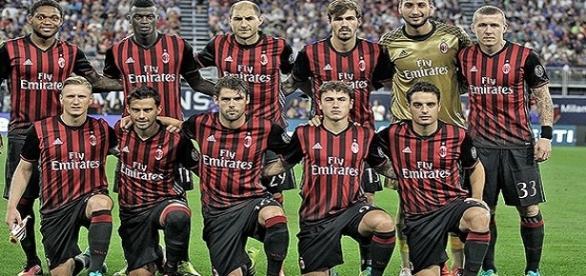 el club mexicano estaría por fichar a un defensor del club italiano