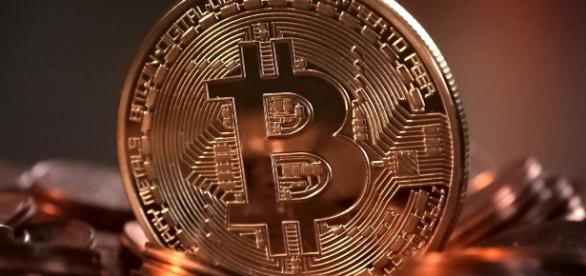 Ist der Bitcoin auf dem besten Weg traditionelle Währungen abzulösen? (Foto: Pixabay/Michael Wuensch)