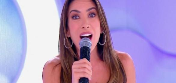 Patrícia Abravanel recebe críticas ao substituir Eliana - Google