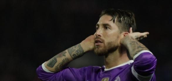 Ramos le negó foto a hincha mexicano