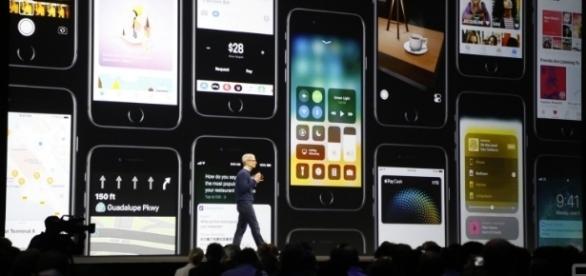 Además de mejoras en el sistema operativo, las novedades se han enfocado en el aspecto social y de interacción del usuario con los dispositivos.