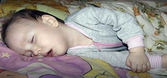 Até agora, médicos tentam compreender a condição da criança (The Siberian Times)