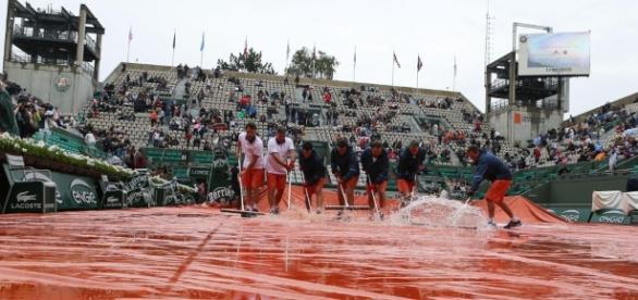 Il Roland Garros si riprende oggi dopo la grande pioggia ... - eurosport.com