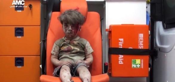 Imagem de menino sírio que chocou o mundo (Imagem: Reprodução)
