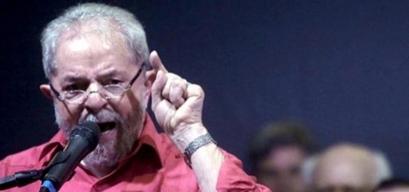 Lula acredita que Temer não será cassado