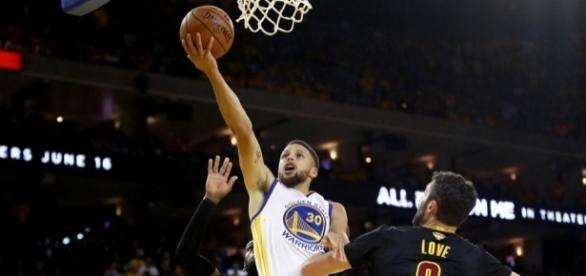 Steph Curry tuvo su mejor partido en ahora 3 series de NBA Finals.The Ringer.com.