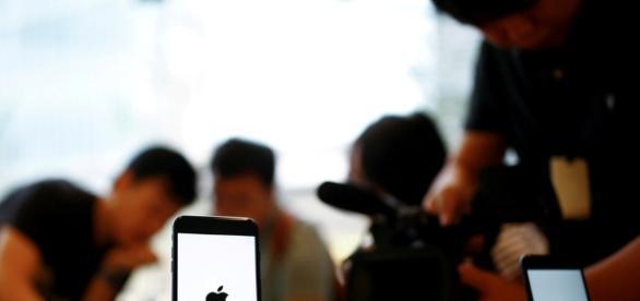 Apple photo via Blasting News library