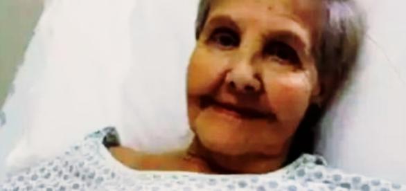 Atriz abandona avó doente (Foto: Google)