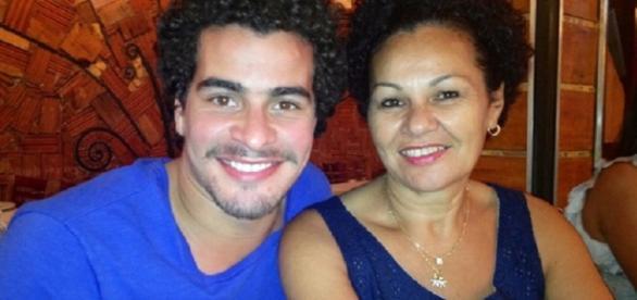 Thiago Martins fez revelação inusitada sobre mentir na escola que era rico para atrair amigos.