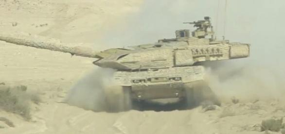 "Tom Antonov on Twitter: ""#Qatar Armed Forces MBT Leopard 2A7 live ... - twitter.com"