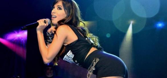 Cantora Anitta se divertiu com publicação divulgada a seu respeito na mídia estrangeira (Foto: Reprodução)
