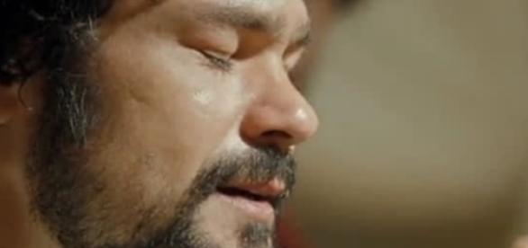 Daniel é envenenado por Sammu-Ramat (Foto: Reprodução/Record TV)