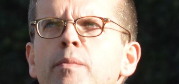 Luc Carvounas, Sénateur-Maire d'Alfortville, en pleine interrogation et pas que sur une vie politique uberisée à la Macron