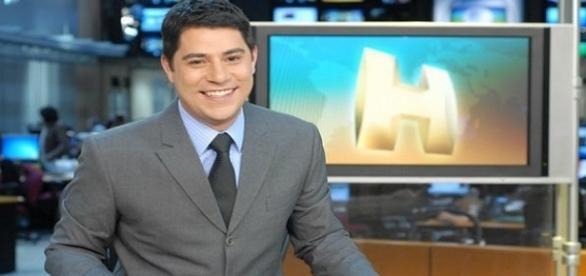 O jornalista brasileiro é conhecido pela sua interação com os seguidores.