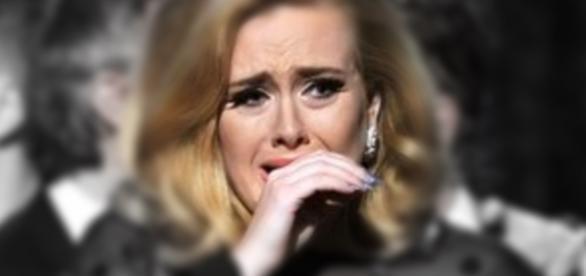 Adele pode encerrar carreira por problema nas cordas vocais - Google