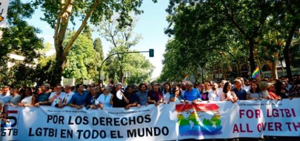 Arranca a gran marcha del World Pride para reivindicar la libertad ... - telemadrid.es