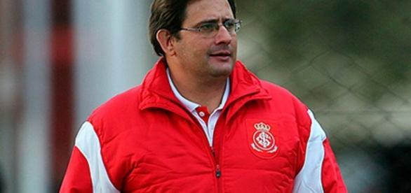 Guto Ferreira precisa de mais uma vitória em casa