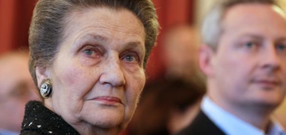 Simone Veil hospitalisée en état de détresse respiratoire au début ... - bfmtv.com