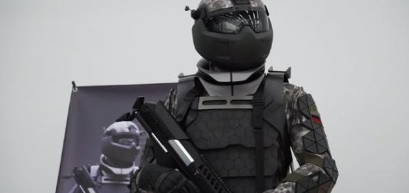 Un centru de cercetare militară din Rusia a dezvăluit ceea ce pare a fi prototipul generației următoare de costume de luptă -Foto: Russia Today
