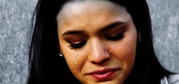 Bruna Marquezine chora ao falar de assédio - Google
