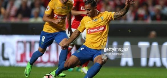 Bruno Gomes em jogo contra o Benfica