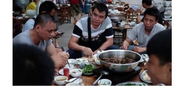Festival de carne de cachorro causa revolta no mundo (Foto: Reprodução)