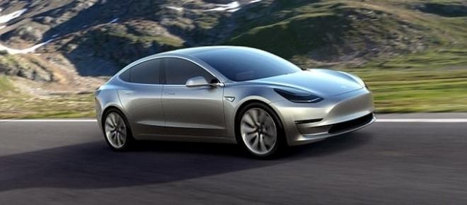 VIDEO: Miliardarul Elon Musk a lansat în producție automobilul Tesla Model 3