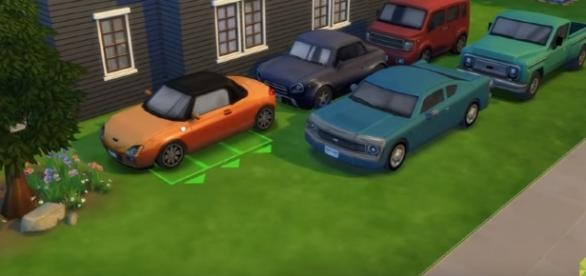 A screenshot from The Sims 4 Mods - Ownable Cars (The Sim Supply/YouTube)