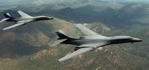 EUA envia dois bombardeiros contra a Coreia do Norte