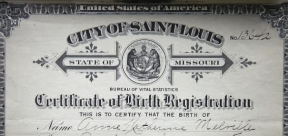 Man's name is missing on his birth certificate [Image: flickr.com]