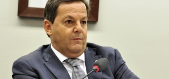 Semana política começa com parecer de relator sobre denúncia (Foto: Reprodução)