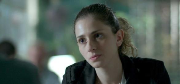 'A Força do Querer': Ivana fará uso de hormônios sem prescrição médica
