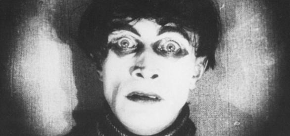 From Caligari to Hitler - Hamburg Review - hamburg-review.de